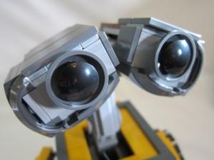LEGO Ideas WALL·E Set Complete Close-Up